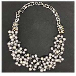 Stella & Dot pearl and jewel necklace